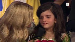 Se Angelina Jordan Astar (8) bli utpekt som vinner av Norske Talenter
