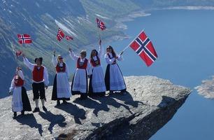 Se Oslo-Kirkenes på 27 minutter