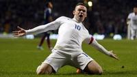 Rooney-dobbel senket Skottland