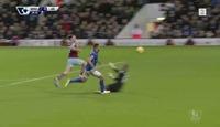Carroll med lekker chip da West Ham vant
