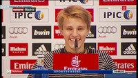 Her presenteres Martin Ødegaard som Real Madrid-spiller