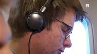 Test av støydempende hodetelefoner