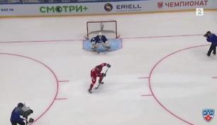 Sjekk dette utrolige hockeymålet!