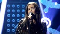 Se Marion Ravn synge på Senkveld