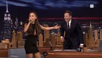 Se Ariana Grandes fantastiske Celine Dion-parodi