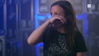 Marie (29) bryter ut i gråt før The Voice-auditionen