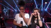 Signe og Amanda i tårer etter at BEGGE gikk videre i The Voice