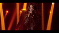 """Bebe Rexha framfører «I'm Gonna Show You Crazy"""" på Senkveld"""