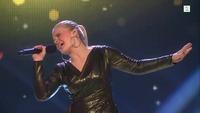Ulrikke Branstorp synger i den andre The Voice-livesendingen