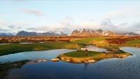 Spektakulær golf med Tutta i Lofoten