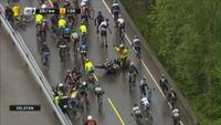 Motorsykkel veltet i Tour des Fjords-feltet