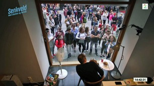 Senkveld Surprise: Rønnis måtte bo ett døgn i glassbur