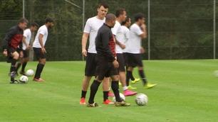 Roberto Carlos vurderer Riise på sentral midtbane