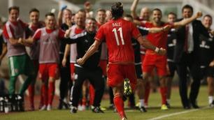 Bale sendte Wales til himmels med kontant hodestøt like før slutt