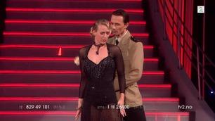 Katarina Flatland og Tom-Arild Hansen danser i Skal vi danse