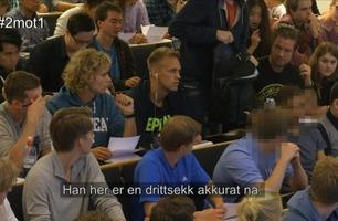 «2 mot 1»: Er dette tidenes mest plagsomme student?