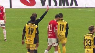 Bryne-spiller utvist for å trille ballen to meter (!) bort