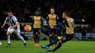 Straffesleiv, selvmål og nye skader da Arsenal tapte
