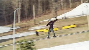 Verdensrekord på ski: Her sklir han lengden til en fotballbane