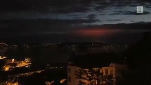 Ida (17) filmet mystisk blinkende lys på himmelen