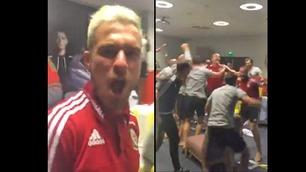 Vill jubel! Slik godtet Wales-spillerne seg over Englands EM-exit
