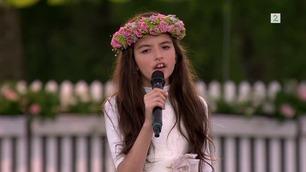 Gåsehudalarm! Angelina (10) gjør det igjen – se Allsang-opptredenen