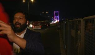 TV 2-Kadafi avbrutt under sending i Tyrkia: - De slo etter oss og kamera