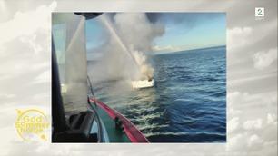 Familien Lund Iversen måtte hoppe over bord da båtmotoren tok fyr