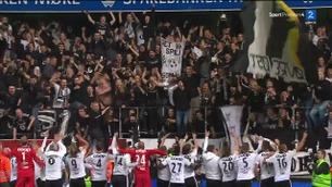 Se Rosenborg feire med fansen