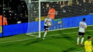 Se Stefan Johansen score og servere for Fulham