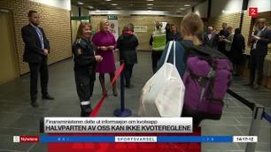 Her overrasker finansministeren danskebåt-passasjerer i tollen