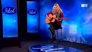 Se Astrid S' første Idol-audition