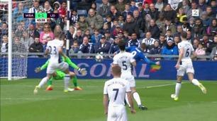 Her sikrer Vardy nok en seier for Leicester