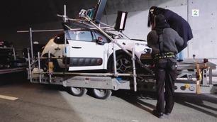 Slik filmer Highasakite musikkvideoen sin – med en bil