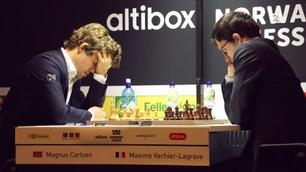 Motstander forundret over Carlsen: – Vet ærlig talt ikke hva han holdt på med