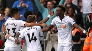 Sammendrag: Swansea - Huddersfield 2-0