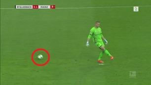 """Bundesliga-keeperens pinlige tabbe fikk """"alle"""" til å le"""