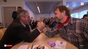Farmen-vinneren utfordret ordfører til tvekamp