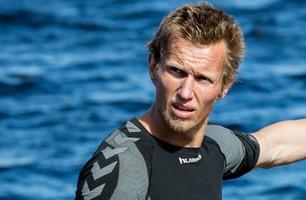 Frank Løke mener en av semifinalistene har jukset – håper ikke vedkommende vinner Farmen