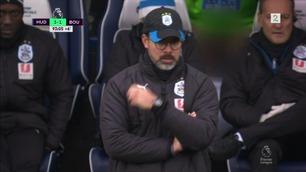 Huddersfield-spiller med penis-stunt