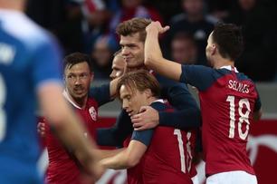 De norske Premier League-spissene kom inn og snudde til seier over Island