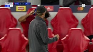 Her smeller Salah flasken i bakken etter Firminos matchvinnerscoring