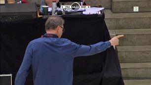 Raseriutbruddet fikk TV 2s kommentatorer til å knekke sammen