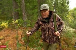 Slik jakter Ole Andreas (99) på skogens konge