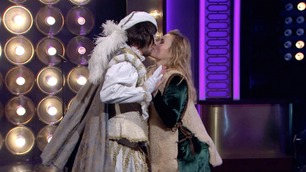 Her danser Helene med kjæresten på Senkveld