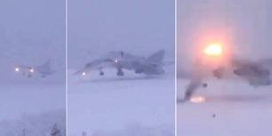 Bombeflyets landing ender katastrofalt