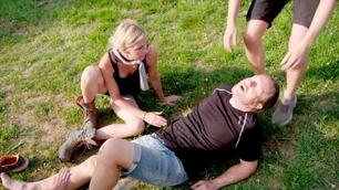 Rystende hendelse på Farmen-gården: Her skader Svein seg stygt
