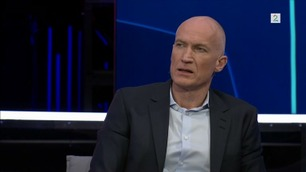 TV 2-ekspert mektig provosert etter ny VAR-kontrovers: – Det er ikke sånn fotball skal være