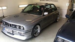 Denne BMW-klassikeren er RÅ!