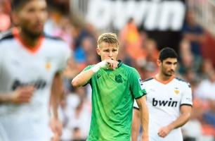 Reddet uavgjort ti minutter på overtid i dramatisk Ødegaard-debut